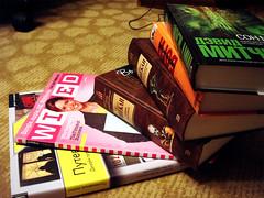 Пять книг и одна голая тётка