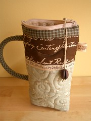 CoffeeMug pouch 16 (PatchworkPottery) Tags: coffee bag handmade sewing crafts country pouch zipper quilted coffeemug patchwork zakka wristlet eyeglasscase