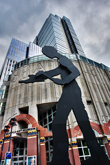 Hammering Man (David M Hogan) Tags: seattle washington downtown sam hdr seattleartmuseum hammeringman seattleflickrmeetup photomatix davidhogan