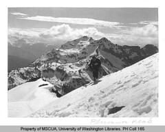 Skier on Plummer Peak, Snohomish County (UW Digital Collections) Tags: snow ski mountains washington skiing washingtonstate range cascade skier snohomish plummerpeak