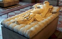 Mascul o femen? / Male or female? (1) (Sebasti Giralt) Tags: sculpture paris greek louvre escultura mythology grec griego mitologia hermaphroditus hermafrodita hermafrodito hermafrodit