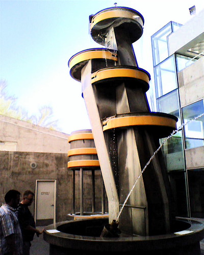 Interactive Water Fountain, Science Center