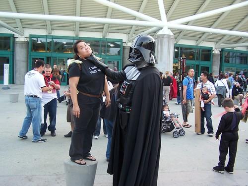 Darth Vader chokes Celia