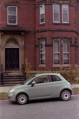 (<mmb>) Tags: fiat 500 car auto automobile saintjohn newbrunswick green contax rx planar zeiss carlzeiss analog 35mm film fujifilm fuji fujicolor 400h