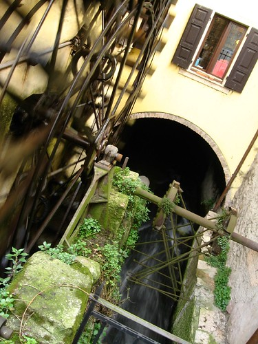 Waterwheel in Valeggio s. Mincio, Italy