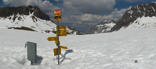 Closed due to unforseen circumstances - Col du Sanetsch bus stop, Switzerland