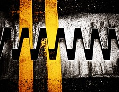 Jaws II (pykeman) Tags: road bridge deleteme5 deleteme8 black deleteme deleteme2 deleteme3 deleteme4 deleteme6 deleteme9 deleteme7 yellow metal canon saveme4 saveme5 saveme saveme3 deleteme10 sigma asphalt sigma1020mm saveme1 canondigitalrebelxti