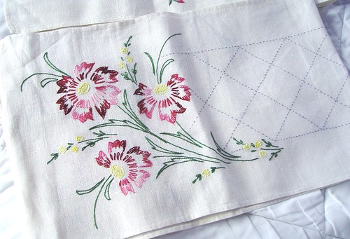 Mom's Embroidery 001