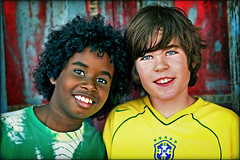 We are the World... (carf) Tags: friends boy brazil boys norway brasil kids children hope norge kid community education support child risk friendship esperana social altruism norwegian change brazilian educational hummingbirds carf ambassador fredrik development prevention exchange understanding atrisk intercambio crosscultural embudasartes vando changemakers mundouno everyoneachangemaker