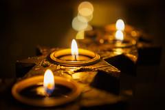 Christmas lights (4) (Karsten Gieselmann) Tags: 25mmf18 bokeh braun em5markii farbe gelb gold kerzenlicht licht mzuiko microfourthirds olympus stilleben weihnachten brown color golden kgiesel light m43 mft yellow christmas