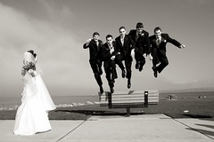 (JAZZIV) Tags: wedding bw jump canond30 seattlewedding diamondclassphotographer flickrdiamond