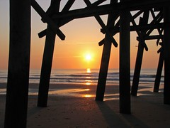 Pier - Sunrise - by glenn~
