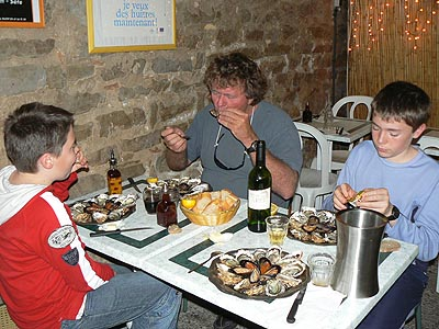 dégustation d'huîtres.jpg
