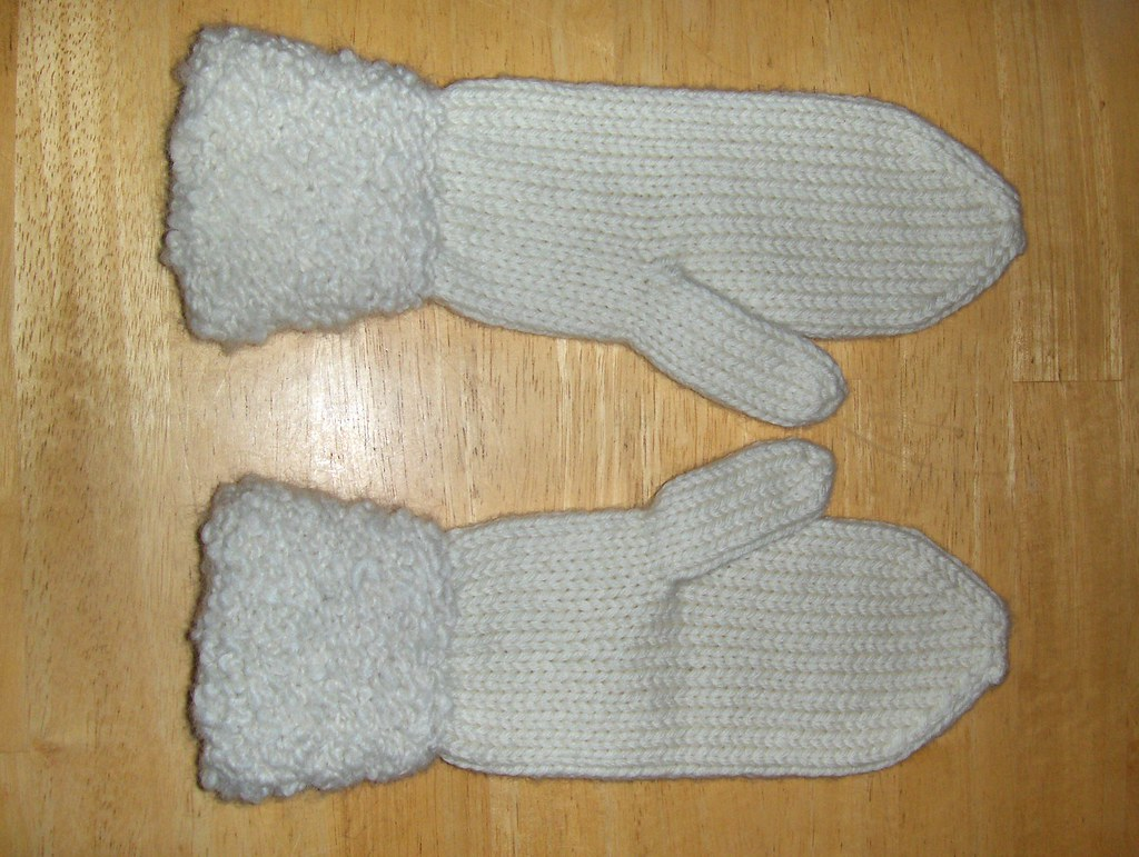 Mittens with Fancy Cuff
