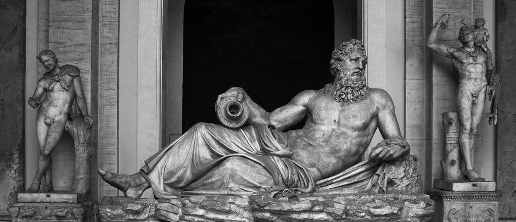 Statue in Vatican Museu m