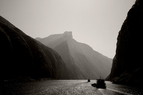 Cruising in Three Gorges photo by Keith Marshall