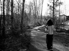 Long road ahead... (anita gt) Tags: road trees bw girl forest rboles camino bn nia bosque bambina sobrinita littleniece utatafeature utata:description=hide utata:project=justblack