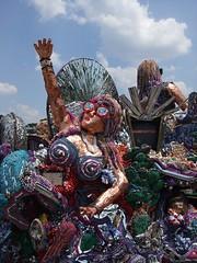 Art Car Parade (Hot Nuts a-Flyin') Tags: houston artcars artcarparade