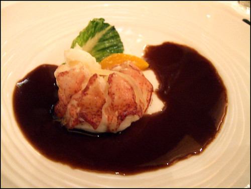 Le Bernardin (New York) - Baked Lobster, Wilted Romaine, Port & Tamarind Reduction
