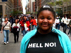 hell yes! (JKnig) Tags: newyorkcity newyork girl smile face tshirt walkathon itwasawesome ihadjustmetolibryant andwewerewalkingaroundmidtown headedovertwdslexandthird andcameacrossthiswalkathon andbysteppingoutintoitwithcamerainhandpeoplestartedvogueing andisthisgirlstshirtnotfabulous