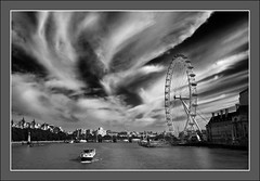 Flow (Matt1962) Tags: blackandwhite london westminster thames clouds londoneye rivers nikond200 nikon18200vr superaplus aplusphoto superbmasterpiece blackribbonbeauty
