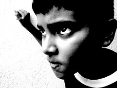 SO angry (Ashwa Faheem ( avva )) Tags: light avva diamondclassphotographer flickrdiamond