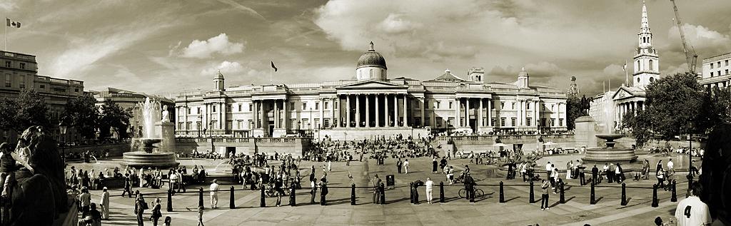 Trafalgar Square - Panorama