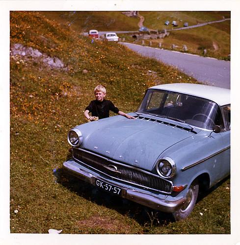 auto old vacation mountains alps classic car vintage geotagged schweiz switzerland automobile suisse swiss pass voiture alpine opel 1960 andermatt kapitän wagen furka hospenthal geo:lat=465724095 geo:lon=84148637 sidecode1 gk5757