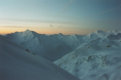 Alpenglow (mm-j) Tags: 2001 sunset mountain ski alps film archive calm scan contax april alpenglow t2 skitouring scanfromprint zermatttosaasfe freheel