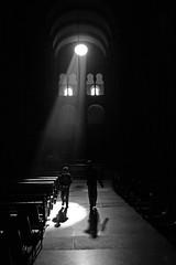 Spotlight (J.C. Rojas) Tags: deleteme5 light espaa deleteme deleteme2 deleteme3 deleteme4 deleteme6 blancoynegro luz church lafotodelasemana kid spain europa europe saveme4 saveme5 saveme6 saveme child savedbythedeletemegroup cathedral saveme2 saveme3 saveme7 catedral iglesia saveme10 galicia galiza eps1 votadaconeps eps2 saveme8 saveme9 santiagodecompostela eps3 nio notpicked lfsblancoynegro lfscasualidad