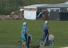 Amish Women 026