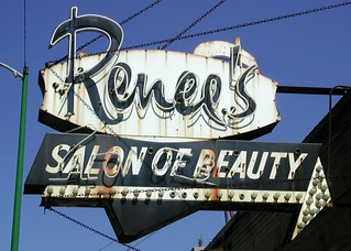 Renee's Salon of Beauty Sign
