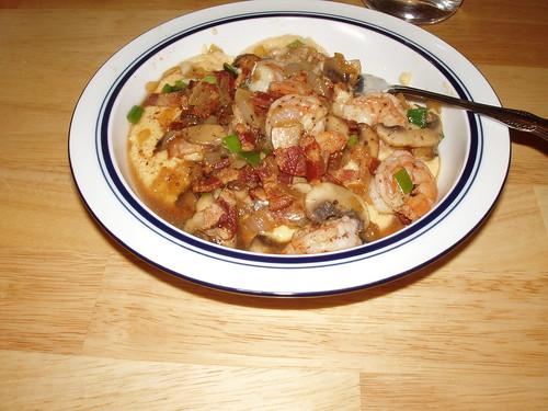 Cheesy Grits with Shrimp, Mushrooms and Bacon (ala Thunder Jones)