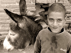 Lovely smile of SOK SOK (HORIZON) Tags: horizon iran persia forsakenpeople globalpoverty anyhope flickys excellenceinphotographyasiaandthemiddleeast