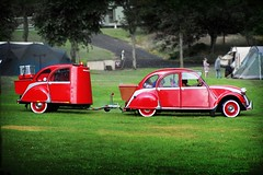 2 and a half CV (gms) Tags: 2cv citroen funny camping red trailer catchycolors
