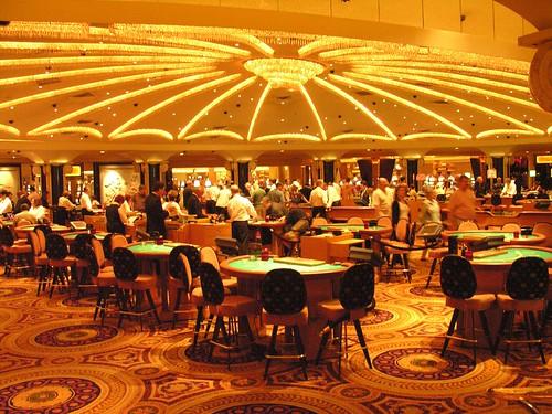Скачать бесплатно игру онлайн покер