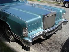 (black_siren) Tags: turquiose car whoah pimpmobile shiny marpole outsidethepornshop