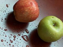 2tfa7a (aMWaG AL Kuwait) Tags:  apple
