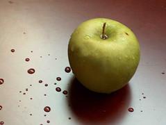 tfa77 (aMWaG AL Kuwait) Tags:  apple