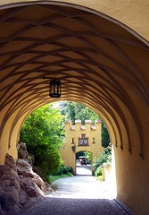 Hohenschwangau (happycat) Tags: castle germany bayern pavement cobblestone lantern cloister schloss laterne hohenschwangau kreuzgang bogengang pflasterstein