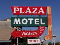 20050726 Plaza Motel