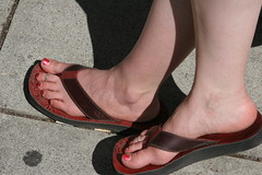 Goddess' Red Toe Nails (sillygwailo) Tags: vancouver chinatown red toenails vandigicam