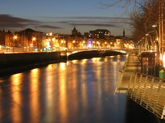 liffey lights (John Wallace Photography) Tags: street city ireland light dublin night cityscape capital liffey jwallace johnew johnwallace