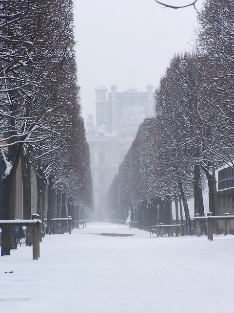 I like Paris in the winter