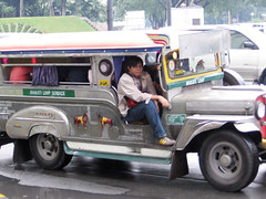rush hour14 (_gem_) Tags: road street cars asia southeastasia traffic jeep jeeps philippines vehicles rush transportation rushhour makati jeepney makaticity metromanila philippinejeepney