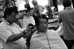 barber b&w 01 (jannyjanjan) Tags: singapore barber antique