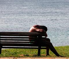... é um pouco sozinho por Luiz C. Salama