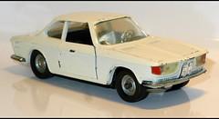 BMW 2000 CS (baffalie) Tags: auto voiture miniature jeux jouet diecast tous car coche rétro old vintage