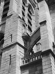 Saint Severin (L_) Tags: door blackandwhite bw paris france detail architecture religious catholic gothic churches medieval romancatholic latinquarter buttress stseverin saintseverin ruestseverin eglisesaintsverin latemedieval 11ththrough15thcentury