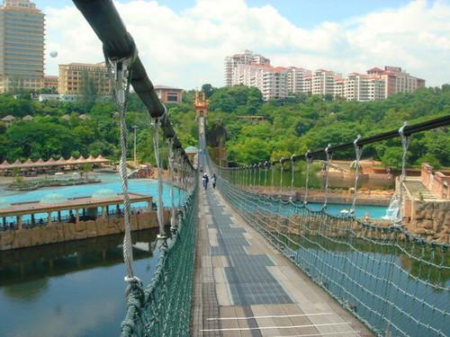 Larguóimo Puente Colgante de Parque de Diversiones Sunway Lagoon